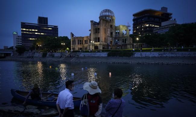 Внукът на Труман: Дядо ми е почувствал, че трябва да пусне бомбата над Хирошима