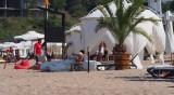 Пясъкът по плажовете - идеален за размножаване на бактерии
