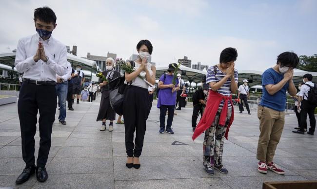 Япония почете паметта на жертвите на Хирошима