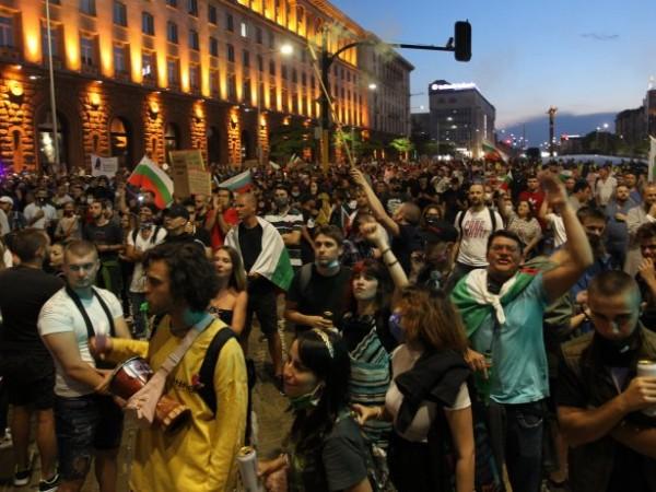 29-и ден продължават протестните действия в страната. Ще постигнат ли