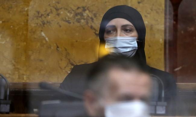 Депутатка с хиджаб е избрана за първи път в Сърбия