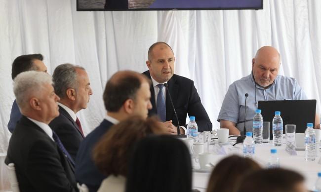 Документът на Радев: Държавата с неуспех за развитието на нацията