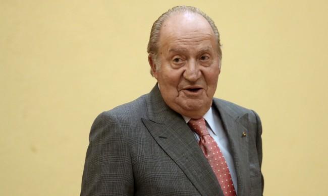 Хуан Карлос заминал от Испания в Обединените арабски емирства
