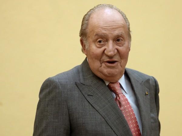 Бившият испански крал Хуан Карлос, абдикирал през 2014 г., се