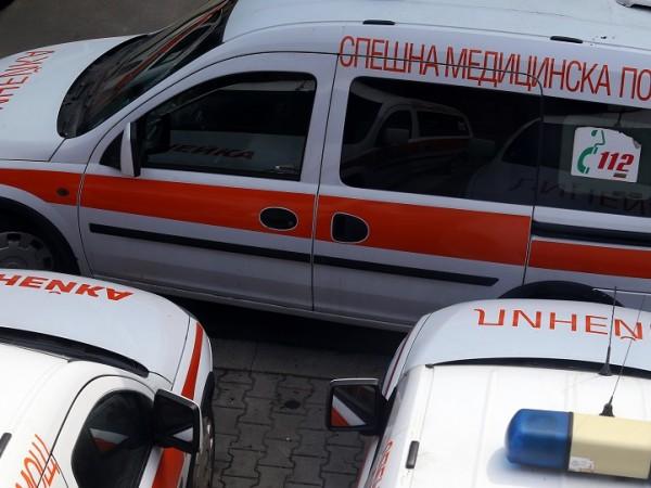 52-годишен шофьор на линейка от ЦСМП в Благоевград е поредната