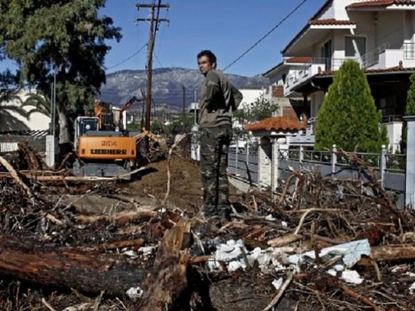 Четири са жертвите от наводнението в гръцката област Евбия в