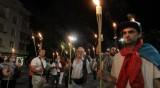 Трифонов не е на протестите, но събира одобрение