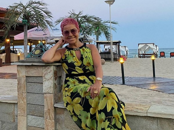 Докато журналистката Кристина Патрашкова е във ваканция на родното Черноморие,