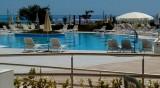 Още два комплекса в Албена затварят заради липса на туристи