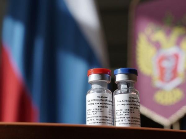 """Ваксината срещу коронавируса, разработена в Русия, е наречена """"Спутник В"""""""