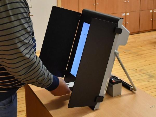 Пътят да се променя Изборният кодекс е просто начин отново