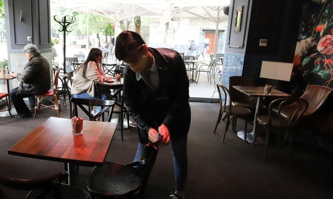 Всеки трети новорегистриран безработен – готвач или сервитьор