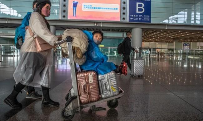 Китай премахва част от ограниченията за пътуване на европейци