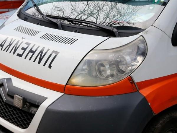 Кола удари възрастна жена, бутаща детска количка в Добрич, съобщават
