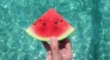Маникюр с диня - една свежа идея за лятото