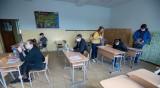 Решават до две седмици как ще започне новата учебна година