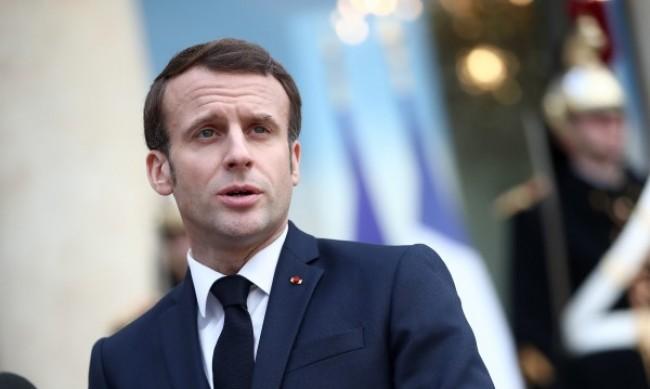 Франция засилва военното си присъствие в Средиземно море