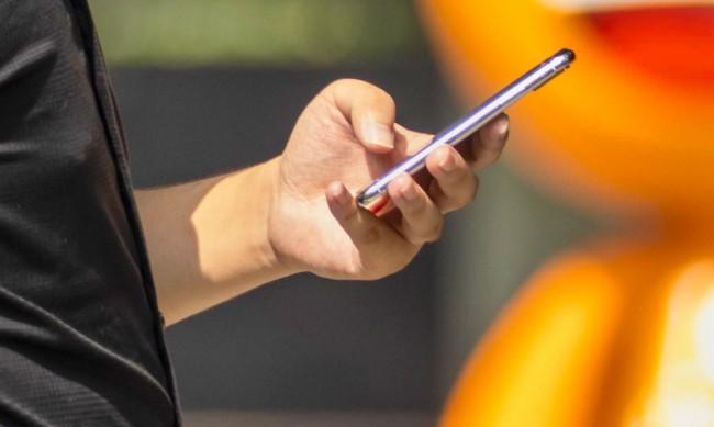 Смартфонът – най-купуваната стока на изплащане у нас
