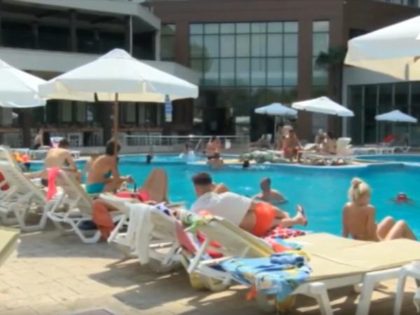 Летният сезон в Слънчев бряг ще приключи по-рано. Хотелите в