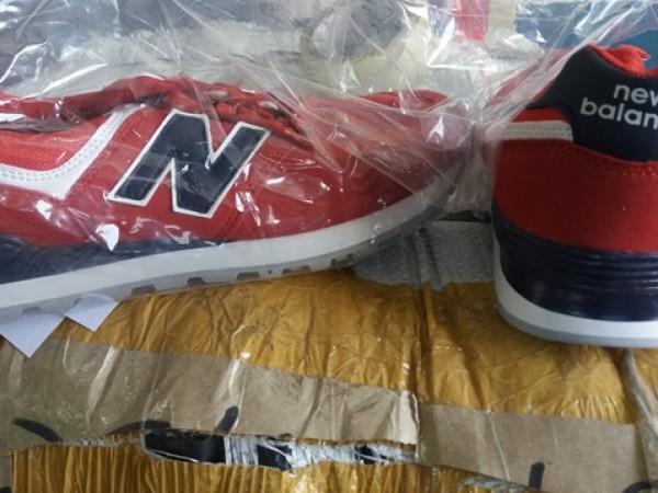 Млада жена е откраднала 6 чифта детски обувки във Велико