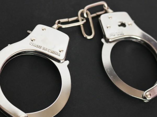 Две криминално проявени момчета на 16 и 17 години от