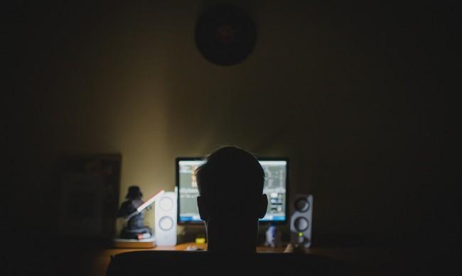 Обвиниха мъж от Гоце Делчев за порнография с тийнейджъри