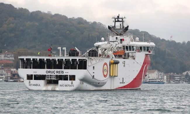 Гърция и Турция пред сблъсък: Чии са водите на Средиземно море?