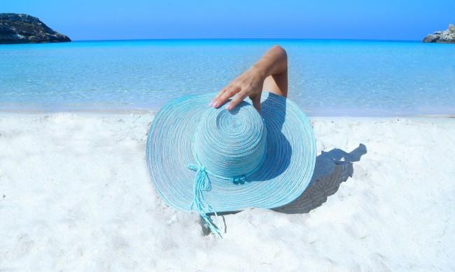 Плажни шапки - кои капели са най-модерни?