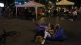 Протестиращите опънаха палатков лагер и при Румънското посолство