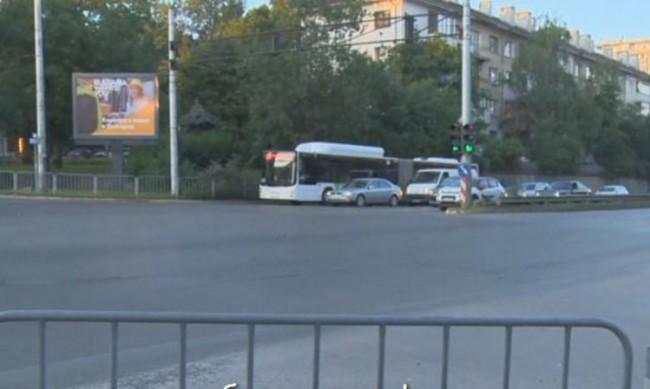 Свободно за движение е кръстовището пред румънското посолство