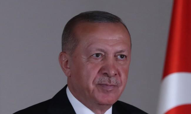 Турция: Лицемерно решение на ОАЕ за споразумение с Израел