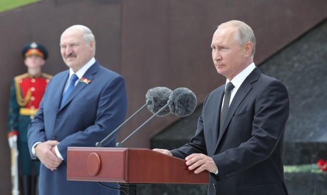 Лукашенко разговаря с Путин за ситуацията в Беларус