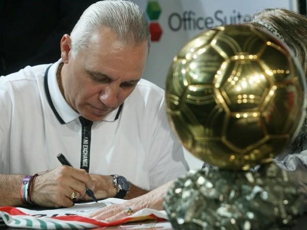 Най-успешният български футболист в историята и легенда на Барса Христо