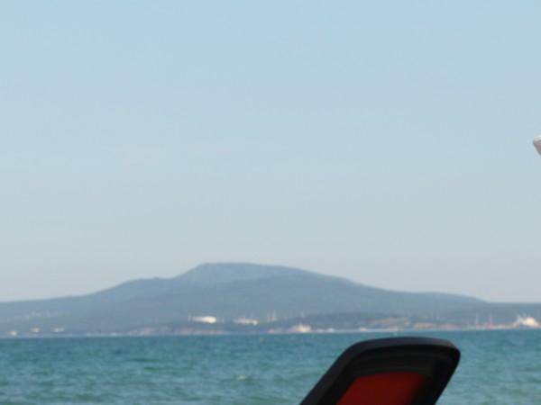 Макар дъждовното време над Западна България, на морето времето ще