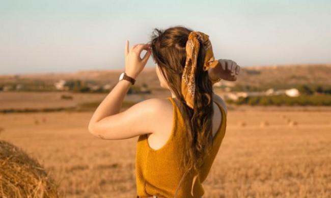 Прически с шал, които да не пропускате