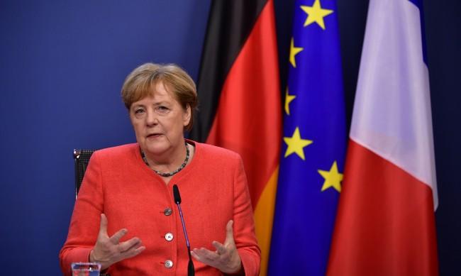 Меркел: Правителство в Беларус трябва да започне национален диалог