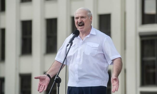 Изборите в Беларус – ето с какви трикове Лукашенко спечели за пореден път