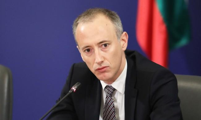 Красимир Вълчев: Обучението извън клас ще става само с медицински документи