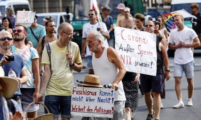 Властите в Берлин забраниха протестите заради COVID-19