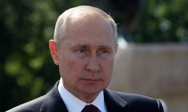 Путин: Втората руска COVID-ваксина готова през септември