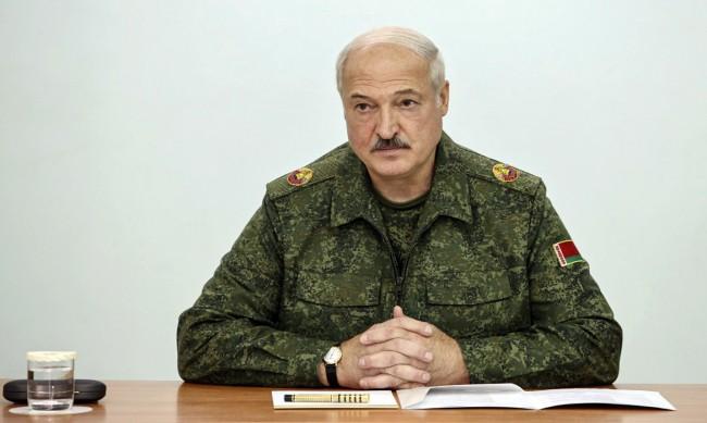 Лукашенко: Срещу Беларус се води хибридна и дипломатическа война