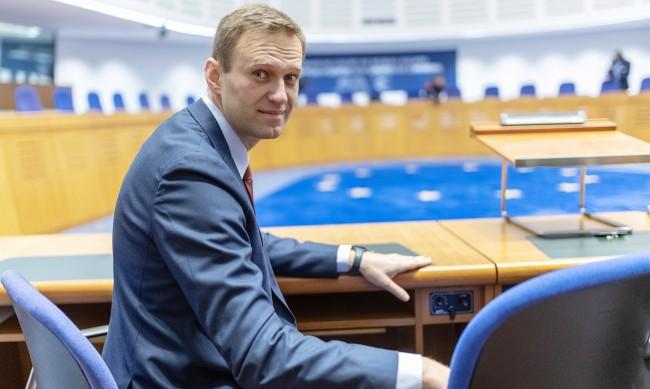 Путин, радикални защитници на Русия – кого обвинява екипът на Навални?