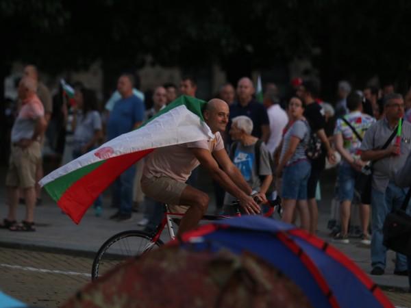 53-и ден на недоволство в София и други градове на