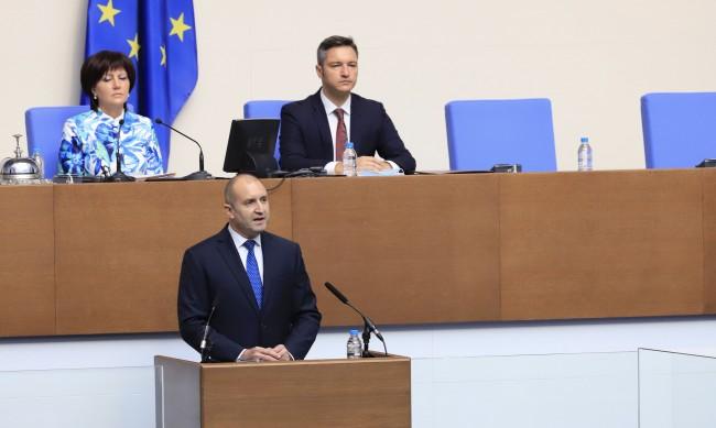 ГЕРБ не изслушаха Радев, президентът: Бягството няма да ви спаси от позор