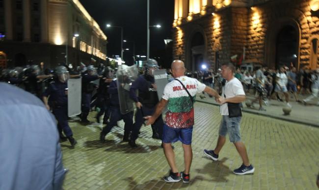 Александър Сиди: Случилото се е брутален акт на агресия
