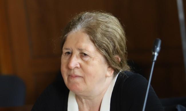 ЦИК вече е без председател, приеха оставката на Стефка Стоева