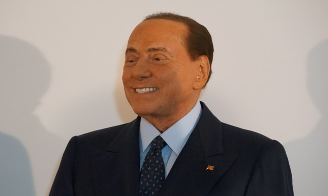 Берлускони в болница след положителния тест за COVID-19