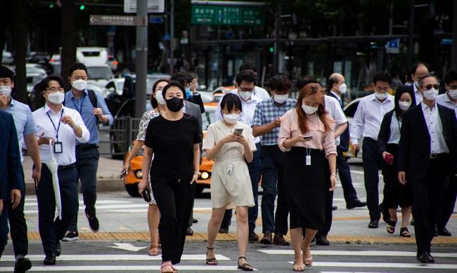 Спад на заразените с коронавирус в Южна Корея