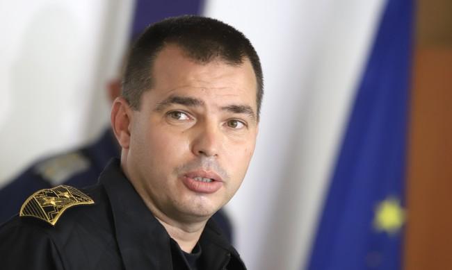 Антон Златанов защити полицаите и отсече: Други трябва да се срамуват!