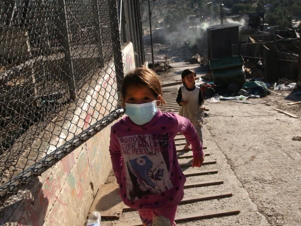 Гърция поиска помощ от Европейския съюз за мигрантите на остров